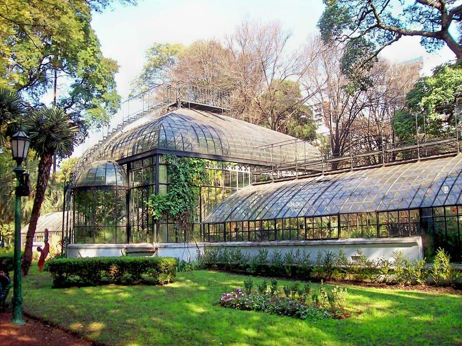 Visitar os parques e reservas no verão