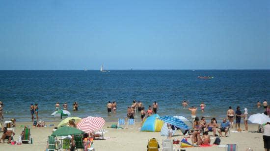 Ir às praias do Rio de La Plata no verão