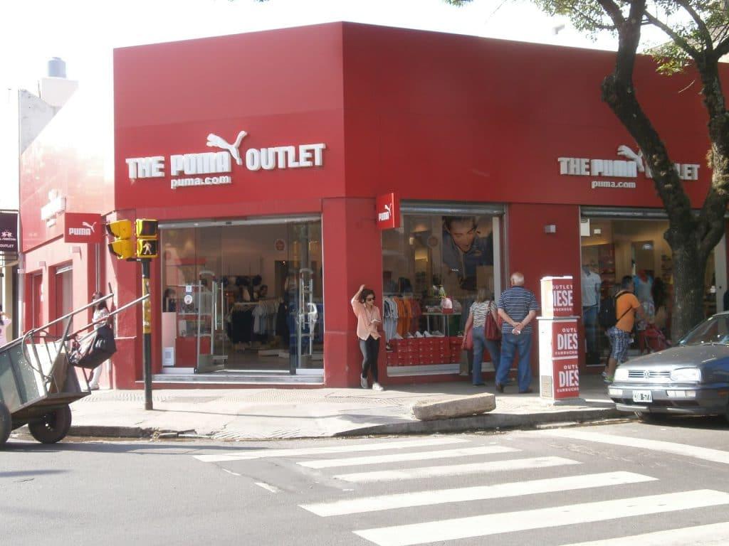 Outlets no bairro Vila Crespo em Buenos Aires