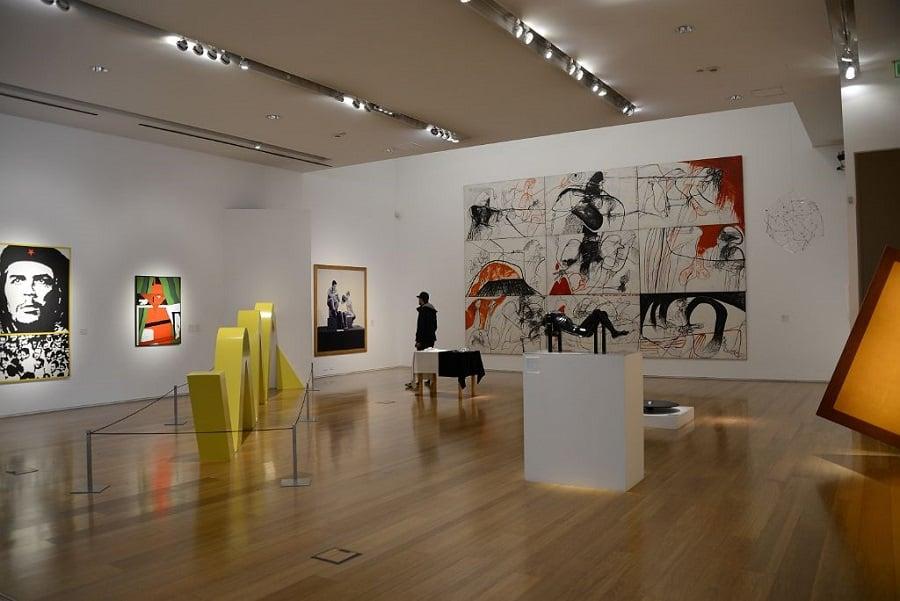 Visita ao Museu de Arte Latino Americana