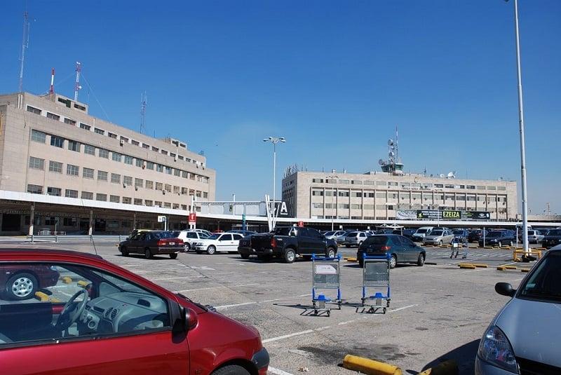 Serviços no aeroporto Ezeiza em Buenos Aires