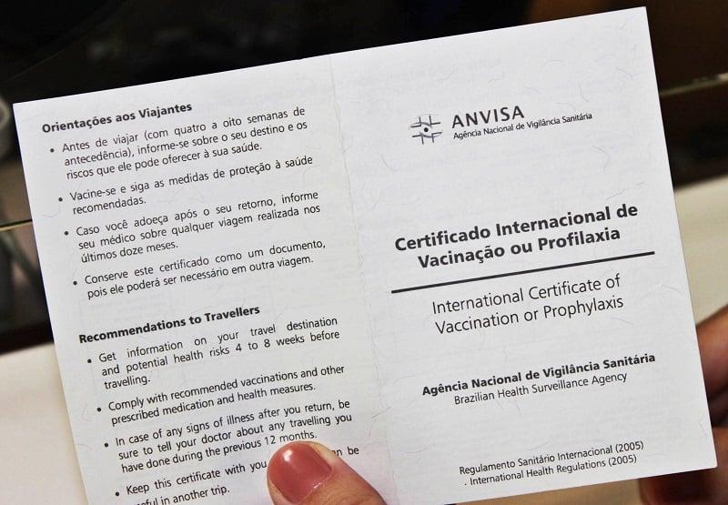 Vacinas e certificado de vacinação para a Argentina