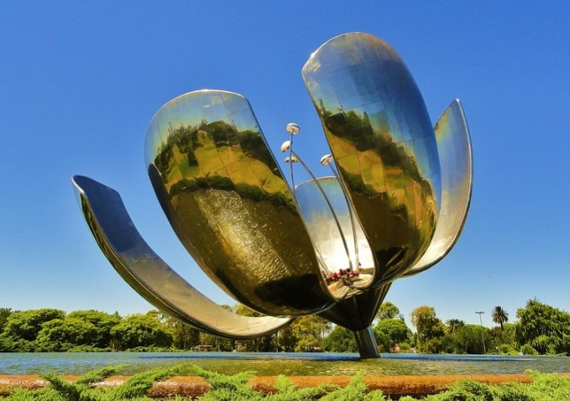 Passeios gratuitos em Buenos Aires: Floralis Genérica