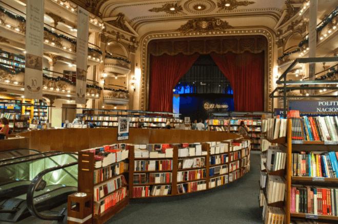 Visita à Livraria El Ateneo