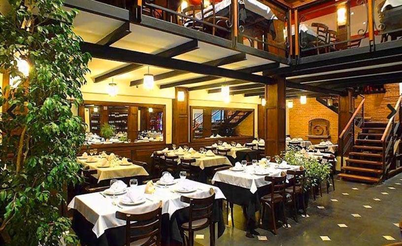 Restaurante El Charrua em Salta
