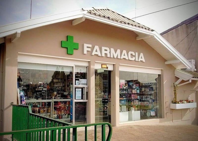 Onde comprar maquiagem em Bariloche: Farmácia Visconti